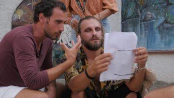 cinemadamare-troupe-a-lavoro-Francesco-Venezia-asinistra-e-Davide-Artiko-a-destra